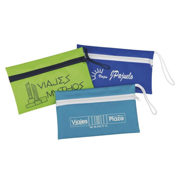 Portadocumentos resistente de nylon para billetes de avión.